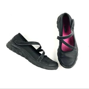 Skechers black mary jane shoes